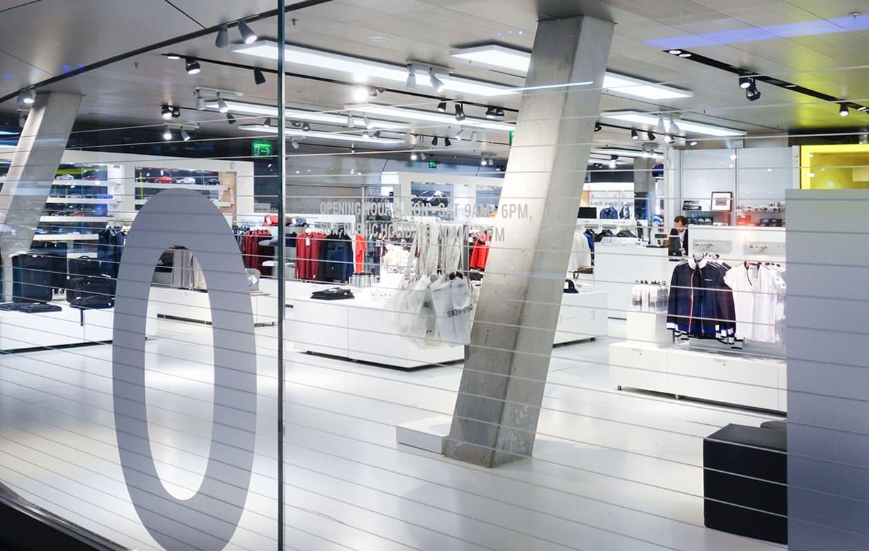Neugestaltung des Lifestyle & Accessory Shop in der BMW Welt in München. Foto: axis