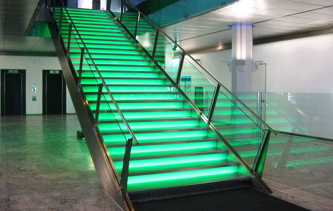 Lichttreppe in der Bayern-LB, München. Foto: axis