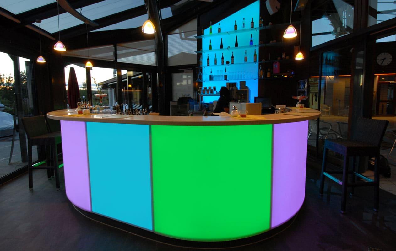 Alle Elemente können in unterschiedlichen Farben leuchten ...  Foto: axis